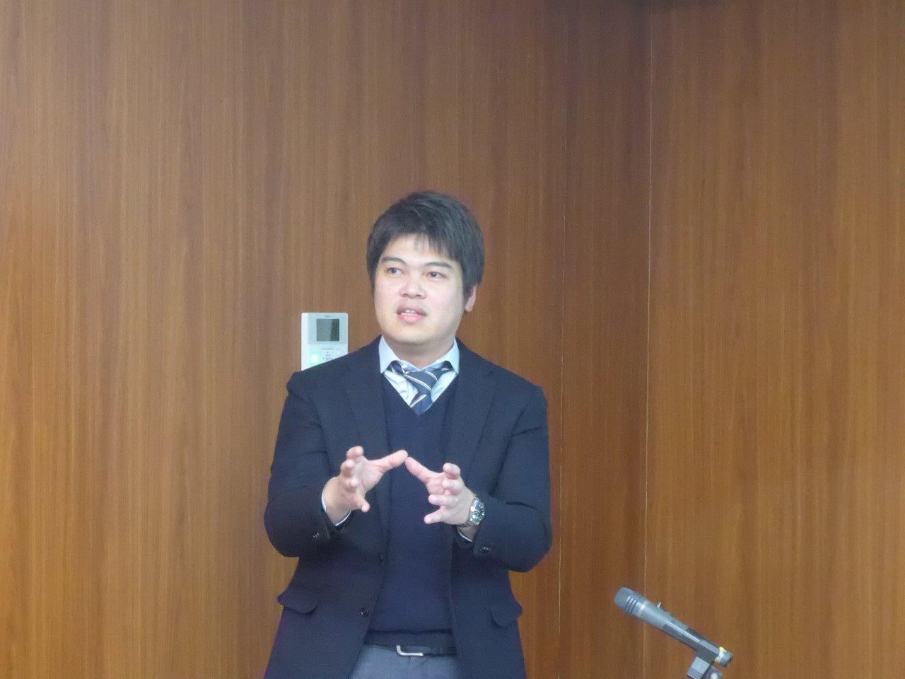 http://rcisss.ier.hit-u.ac.jp/Japanese/micro/information/about/micro/P1040624.jpg